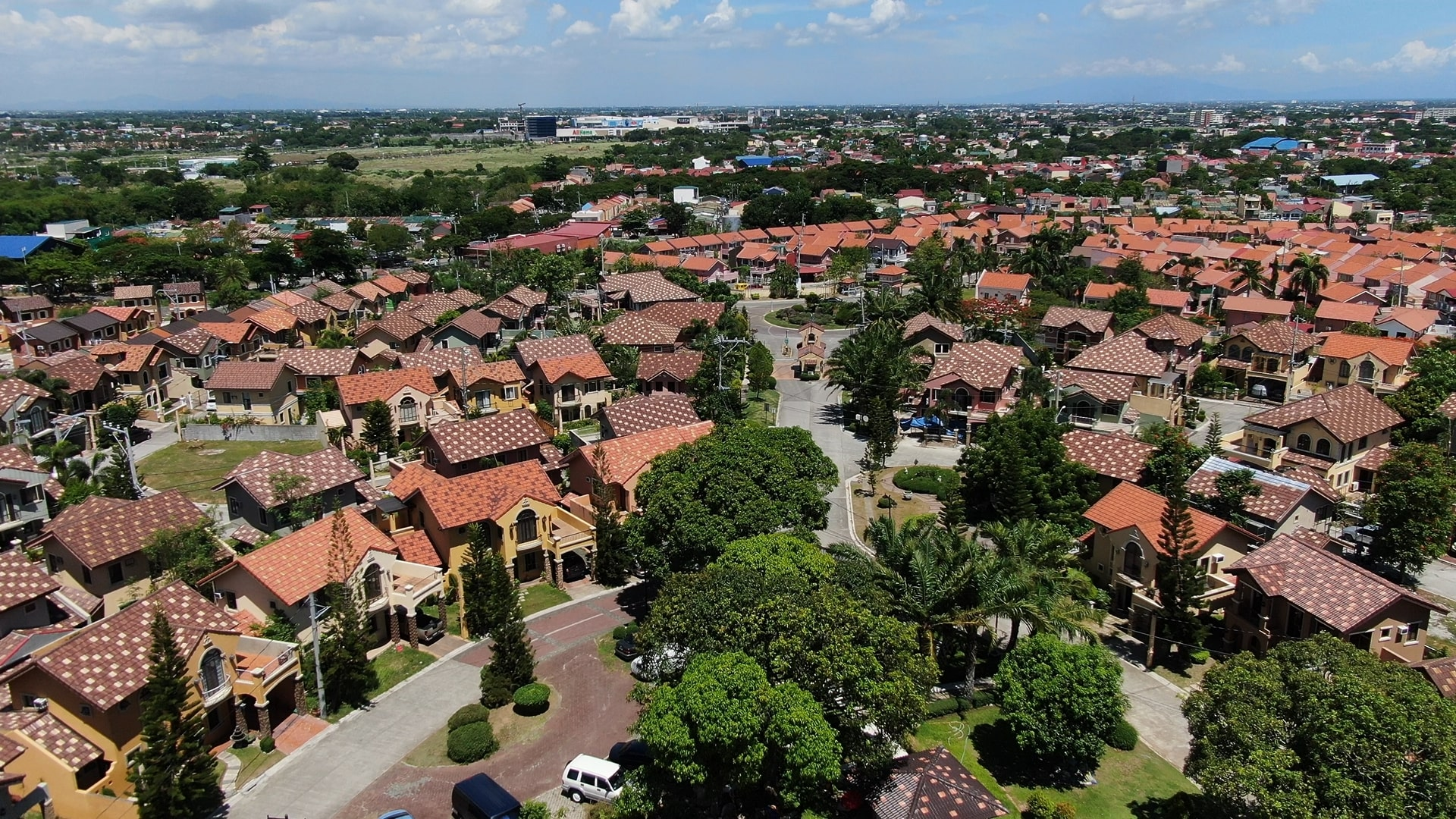 Ponticelli House Cluster House and Lot in Cavite